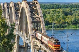 Brücke über die Oka, Russland