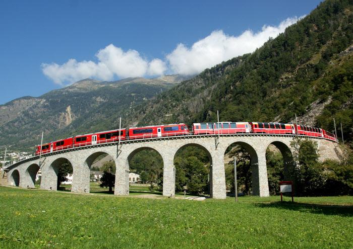 Bild für Bernina Express (C)RhB