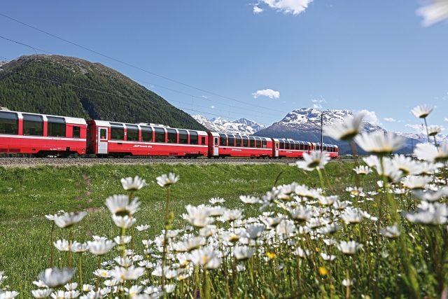 Bild für Bernina Express im Sommer (C)RhB
