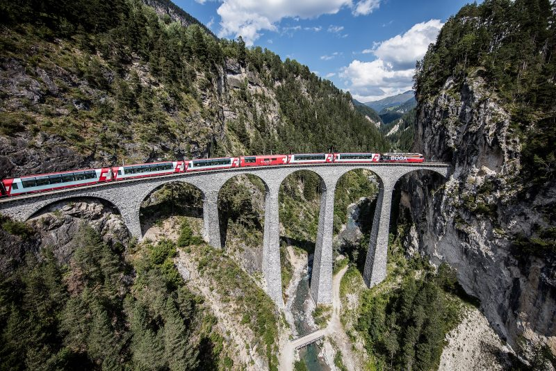 Bild für Glacier-Express Panoramawagen (C)RhB