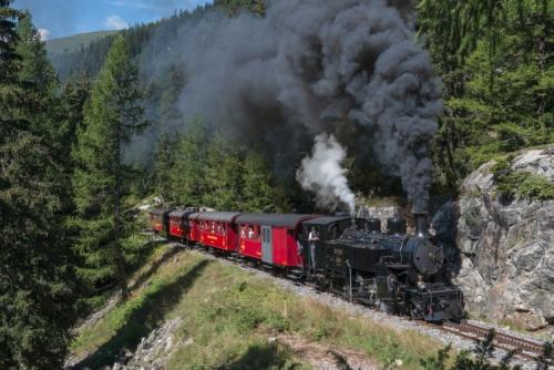 im Dampfzug über die Furka-Bergstrecke (C)JBolliger