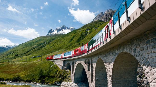 Glacier Express (C)GEXAG