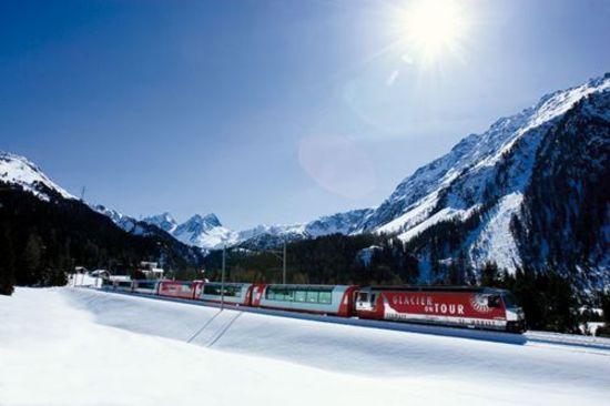 Glacier Express im Winter