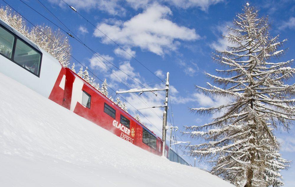 Glacier Express auch im Winter und Frühling ein Erlebnis (C)MGB