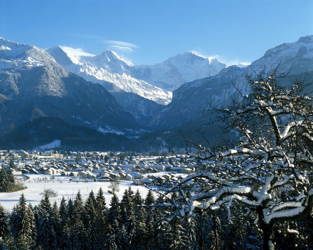 Blick von Interlaken zum Jungfraumassiv © Interlaken Tourismus