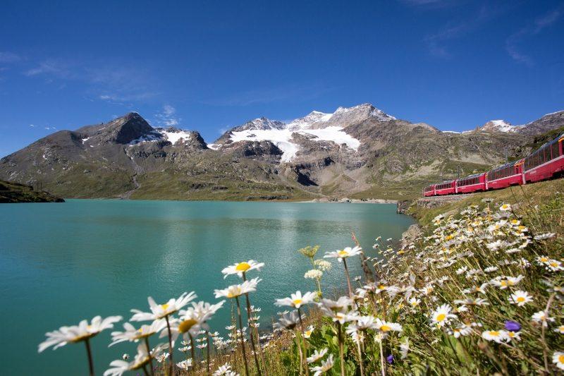 Bernina Lago Bianco (c) RhB Christoph Benz