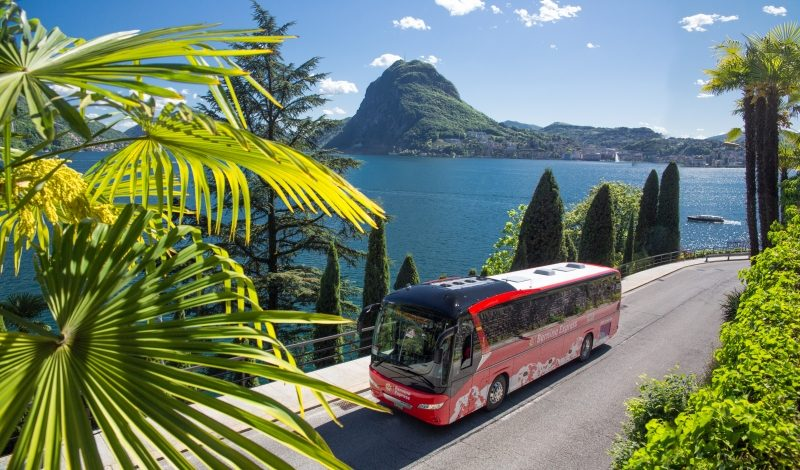 Bernina Express Bus am Luganer See (C)RhB