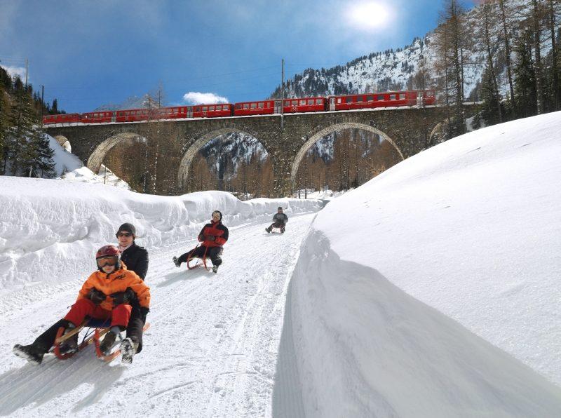 Wintervergnügen an der Albulalinie (C)RhB
