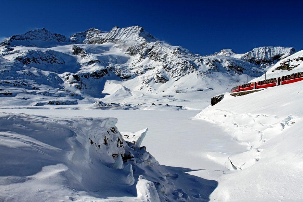 Bernina Pass Lago Bianco (C)RhB
