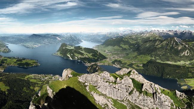 Panoramablick auf den Vierwaldstättersee vom Pilatus (C)SwissImage