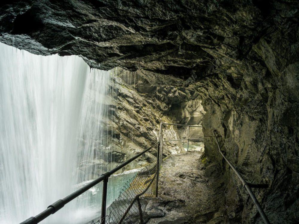 Hinterrheinfall in der Rofflaschlucht (C)SchweizTourismus_SwissImage/MarkusBuehlerRasom