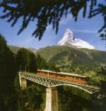 Gornergratbahn auf Findelnbachviadukt